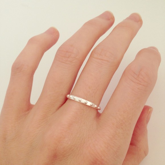Mini Ball Eternity Ring silver