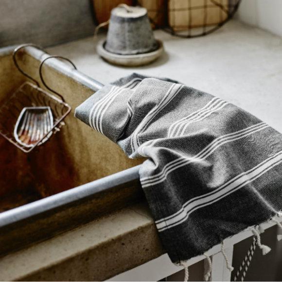 Onyx hand towel
