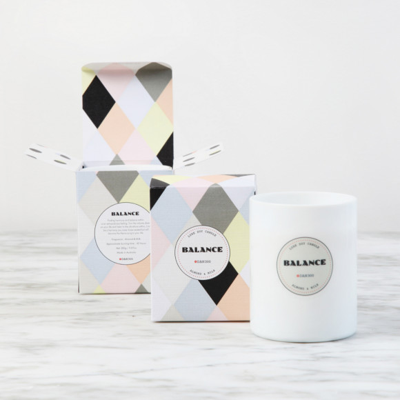 BALANCE Luxe Candle : Almond & Milk