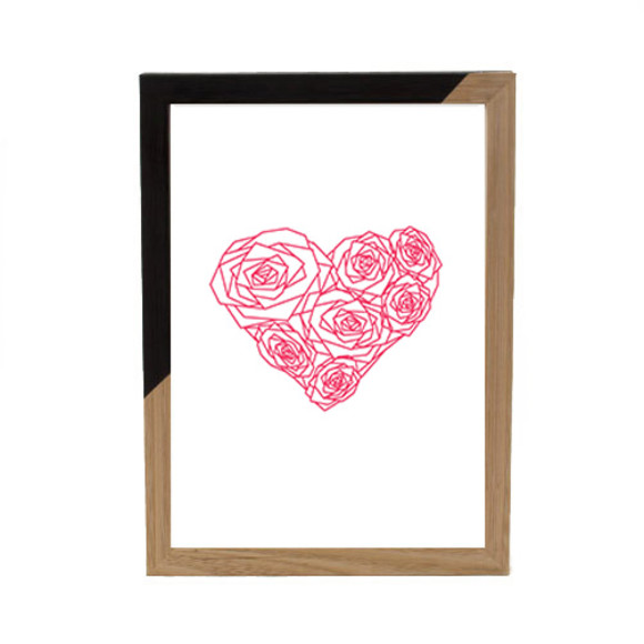 Pink heart of roses - Black ZAP