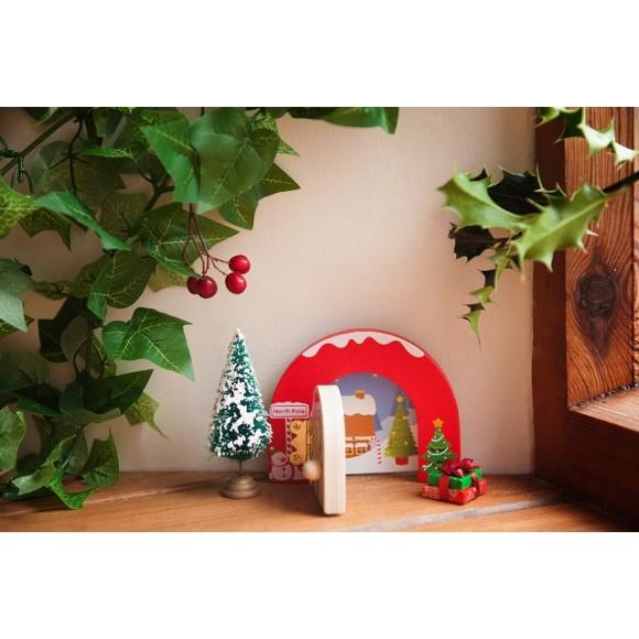 Santadoorz Christmas opening door