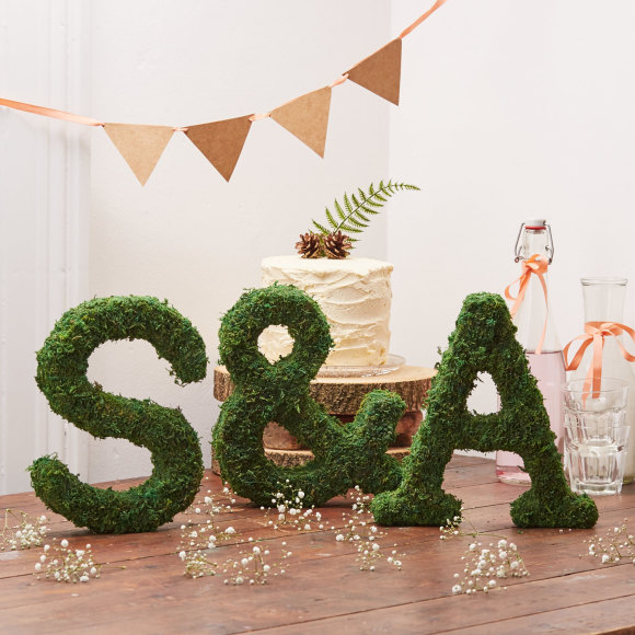 Moss letters and ampersand
