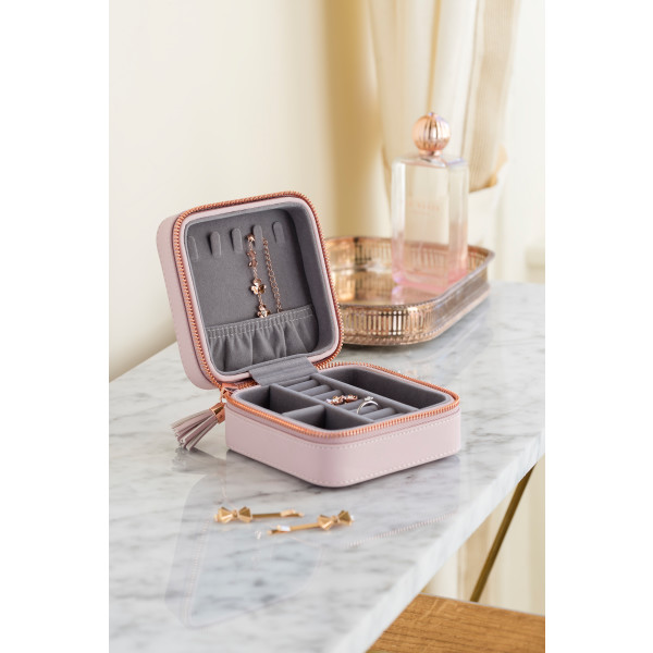 9ad1ffe96 Ted Baker Zipped Jewellery Case | hardtofind.