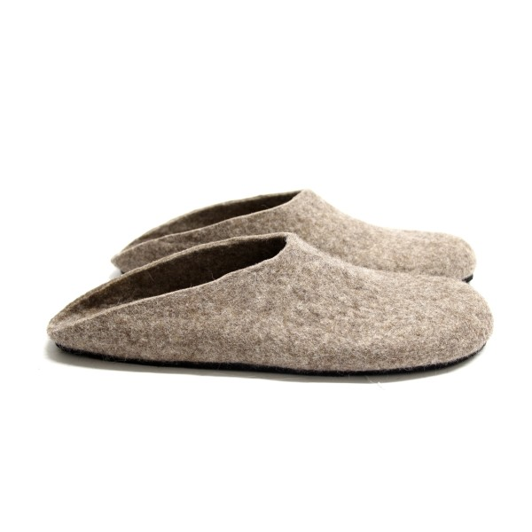 b9037724f0ae7 Men's felted slippers in eco-friendly wool (various sole colours)
