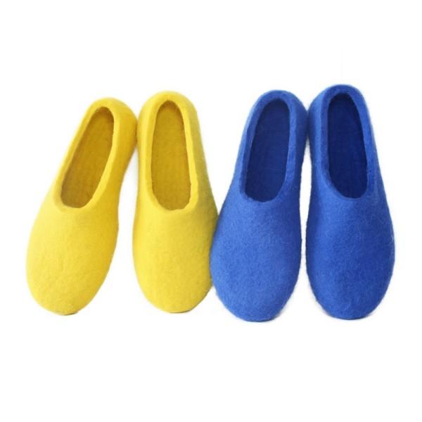 be1cdaac3c2db Womens Felted Slippers Scandinavian Blue