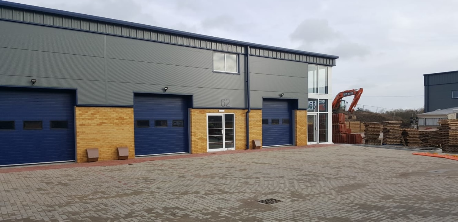 Prominent Glazed Return Warehouse / Industrial To Let   Total GIA 184.03 sq m (1,981 sq ft)