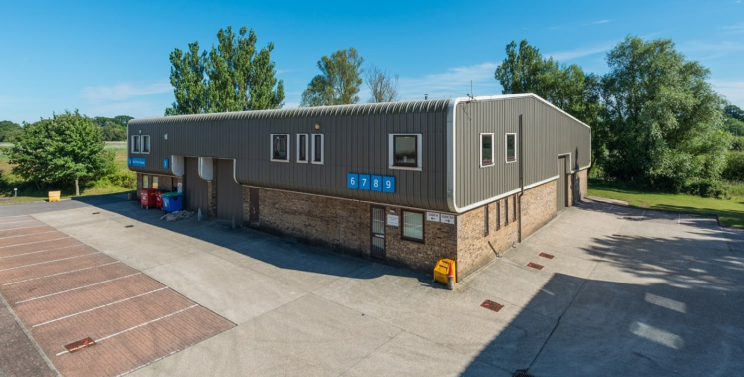 LOCATION<br><br>Ryan Business Park is situated in a prominent position on Sandford Lane approximately one mile from Wareham town centre, close to the A351 Wareham By-Pass giving access to the Bournemouth/Poole conurbation to the east.<br><br>DESCRIPT...