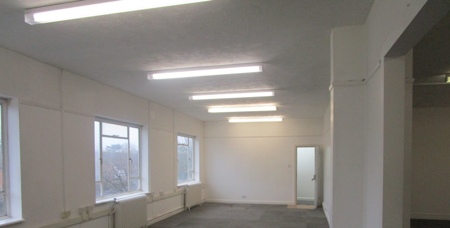 Short Term Flexible Work Space (Can be Split) - To Let  306.6 sq m - 631.8 sq m (3,300 sq ft - 6,800 sq ft)