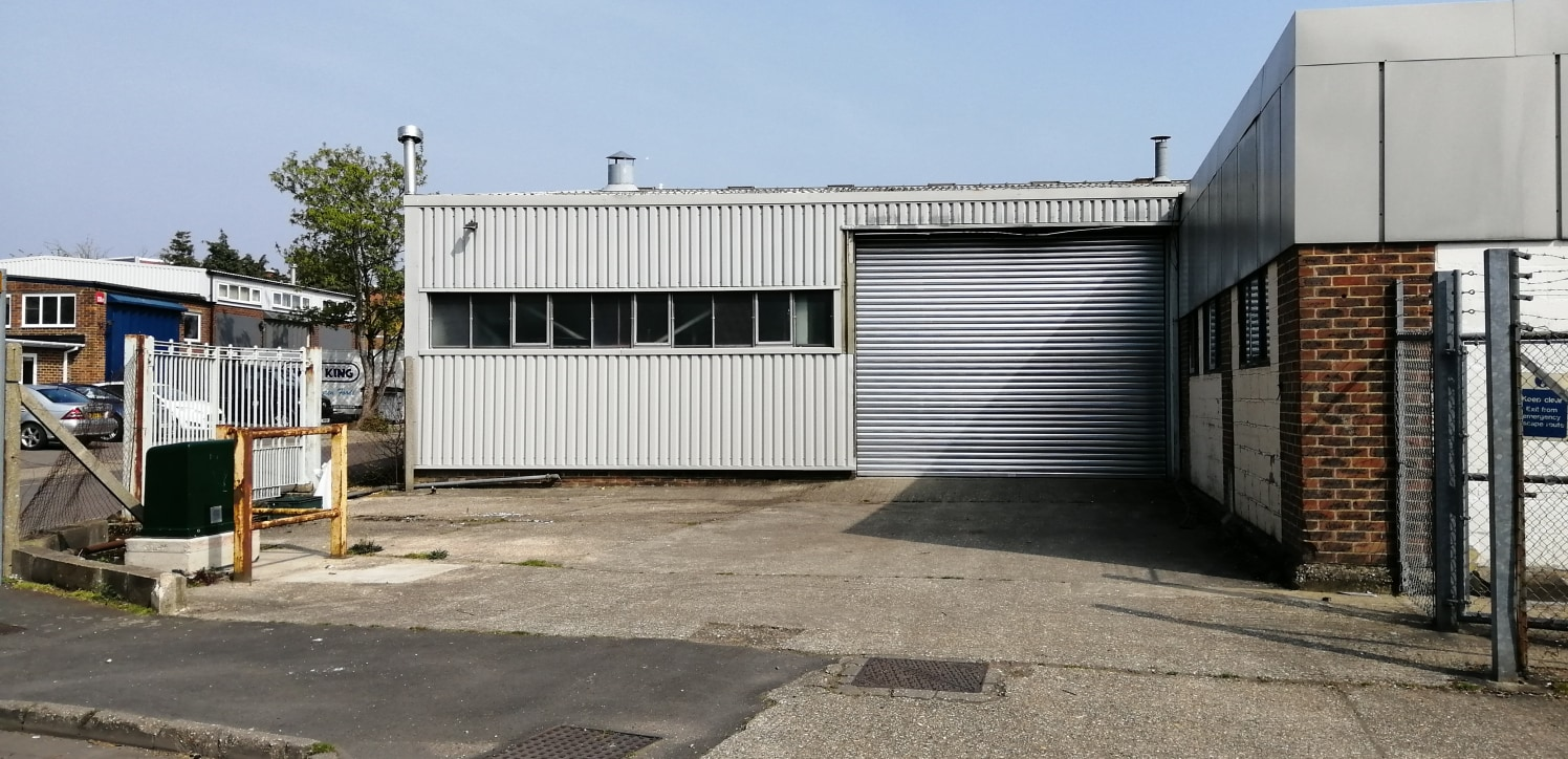 Industrial/Warehouse Unit  Size 426.30 sq m (4,590 sq ft)