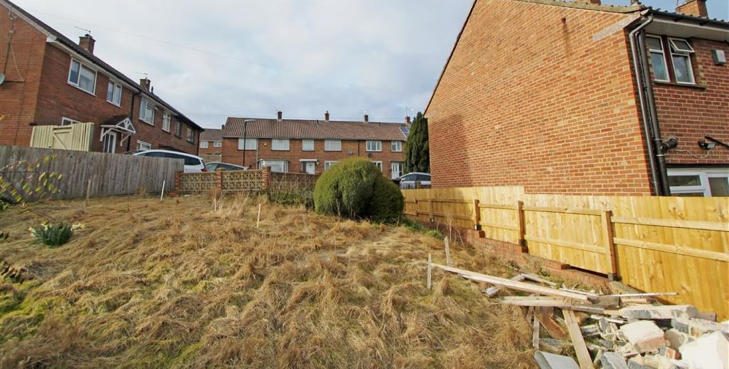 GUIDE PRICE �80,000-�90,000. An exciting opportunity to purchase a building plot with full planning consent granted for the erection of a new 3 bedroom, end of terrace house. The site is situated in a quiet residential cul de sac in Brislington withi...