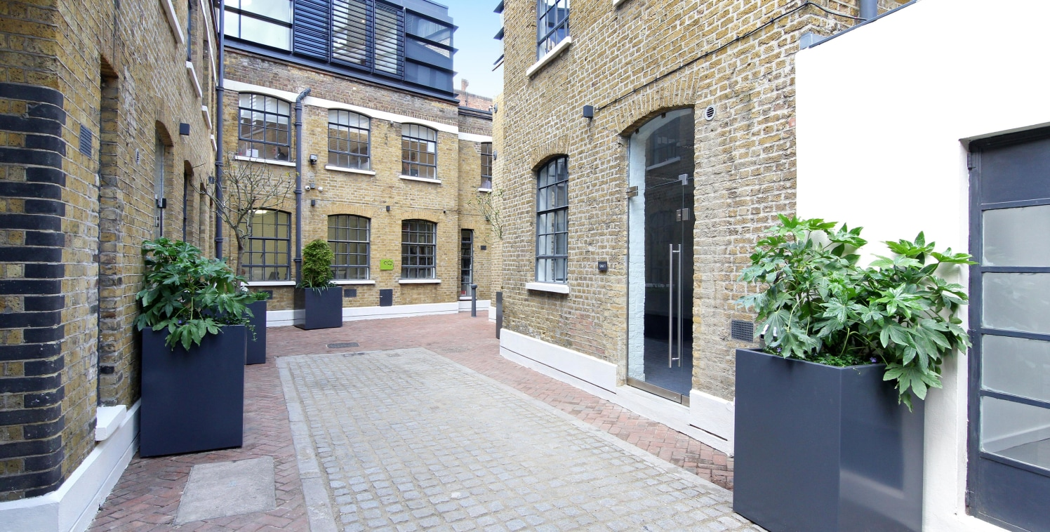 The property consists of four self-contained B1 office buildings set within a private gated courtyard, in a former early Victorian stable mews. The offices are a mixture of single and two storey buildings ranging from 323 - 2,354 sq ft. They are avai...