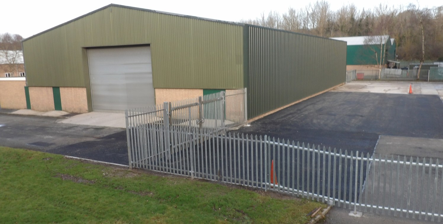 A modern factory / warehouse unit with offices  9,534 sq ft  £35,750 per annum