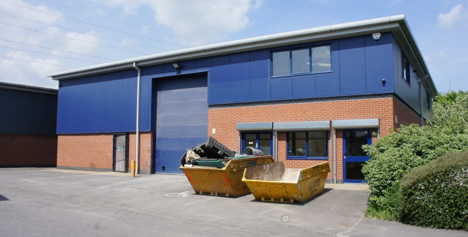 Star West is situated on the Westmead Industrial Estate, one of the principle industrial and employment areas in West Swindon. The location benefits from excellent road links with Junction 16 of the M4 motorway situated 3 miles to the south, via the...