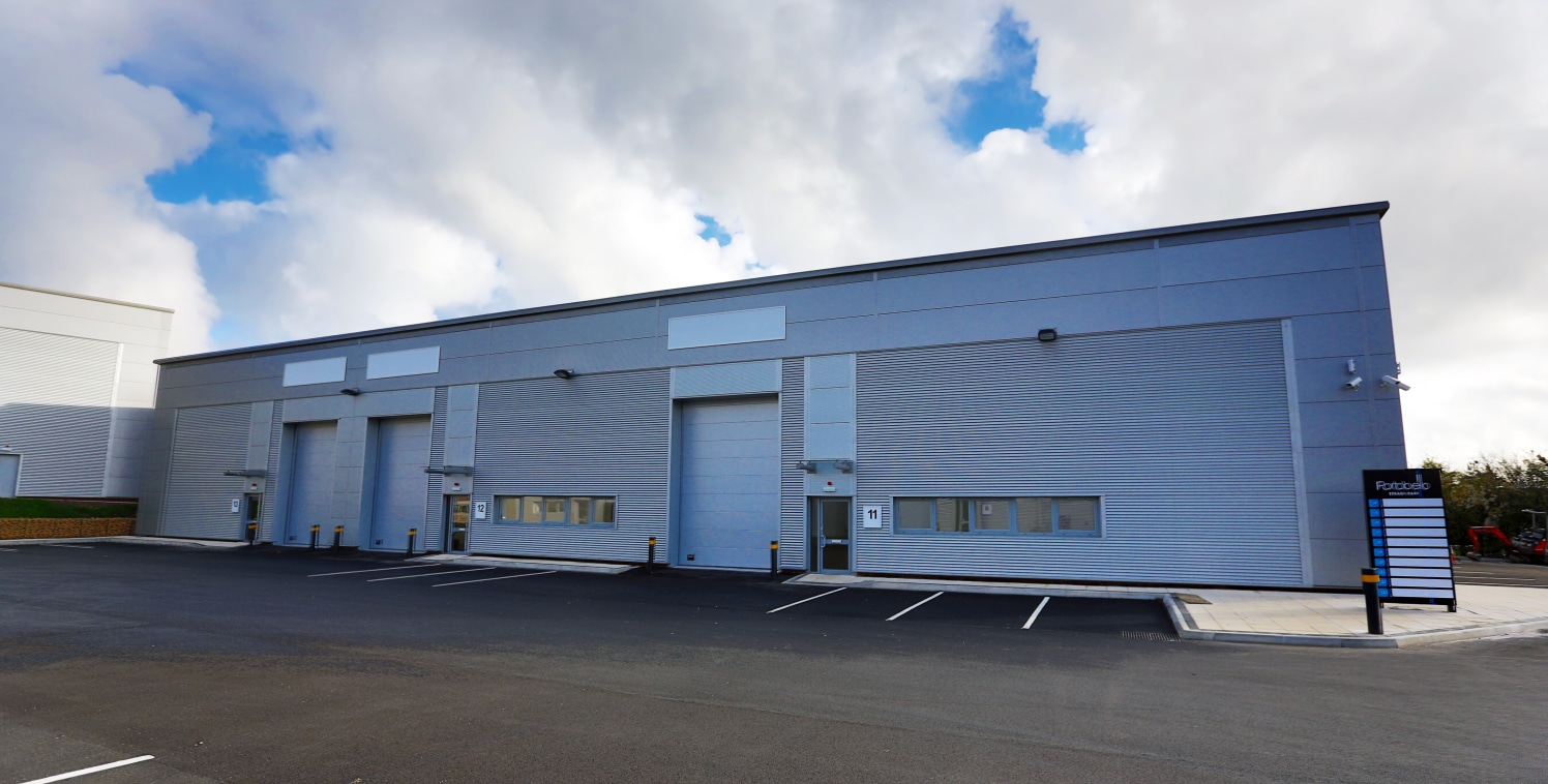 Brand new trade counter units. Average of 80,000 vehicles passing daily. Minimum eaves height 5.5m. Site monitored by CCTV. Electrically operated sectional up and over loading door. 5 ar parking spaces.