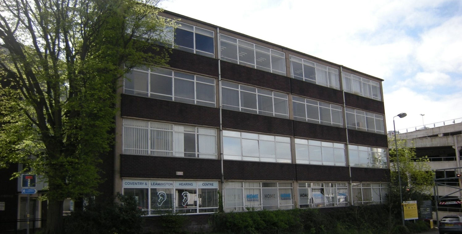 Park House consists of two 4-storey office blocks with a bridge link connecting the two. This purpose built accommodation benefits from generous window glazing giving them a light airy feel. The entrance to the property is manned during certain hours...