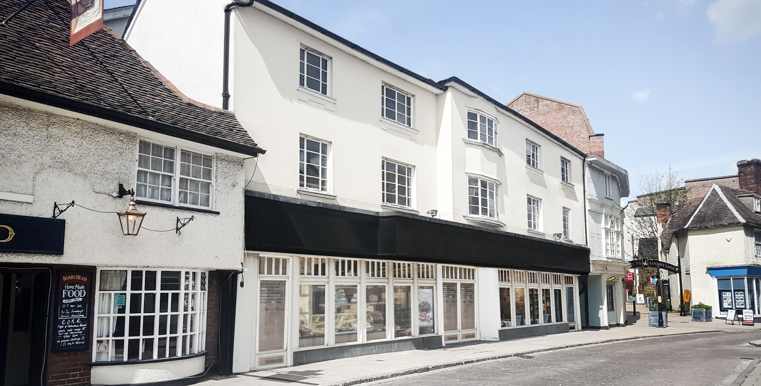 The development of two shops form part of the former Litten Tree public house which has been refurbished to provide two adjoining, self-contained ground floor units and residential flats above.  The shops have been completed to a shell condition inco...