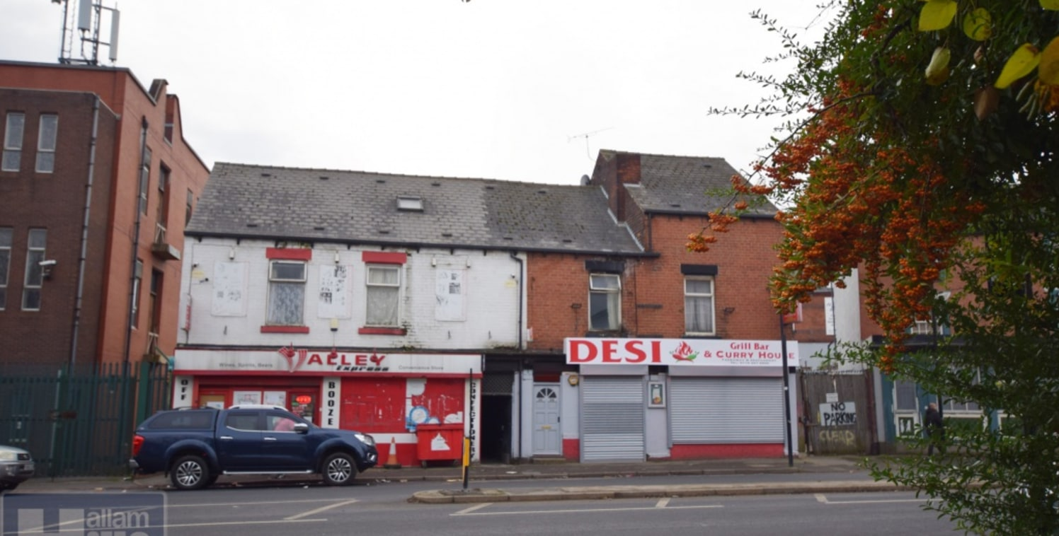 FREEHOLD! 2 COMMERCIAL PROPERTIES WITH 12 BED ACCOMMODATION ON 1ST FLOOR ALL RENTED, IDEAL INVESTMENT OPPORTUNITY!! LOCATED ON ATTERCLIFFE AREA OF SHEFFIELD