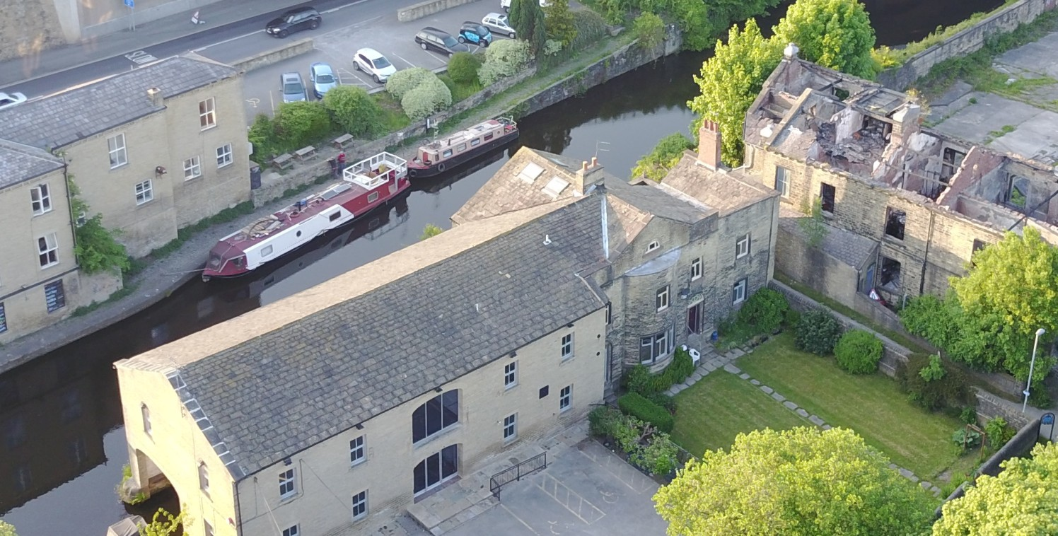 The property comprises a Grade II Listed former Canal moorings warehouse which has been sympathetically restored and converted to provide high grade office accommodation overlooking the Calder & Hebble Navigation Canal. The principal building provide...