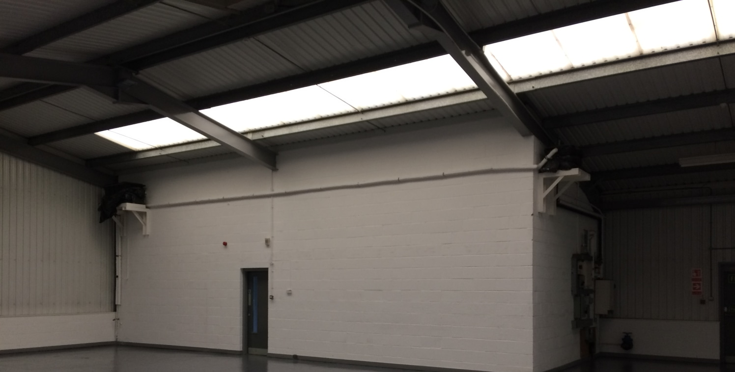 A modern industrial / warehouse unit situated in a high quality landscaped estate.  3,454 sq ft   Leasehold - £21,500 p.a.  Tier 2 Assisted Area / Deeside Enterprise Zone