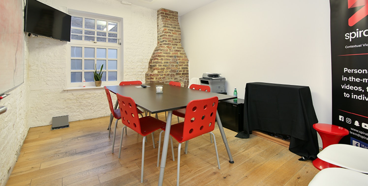 Available mid-February, this converted office is situated on the ground floor of this converted warehouse development. The space is primarily open-plan which forms an L shape round the core of the building. There is a partitioned meeting room space,...