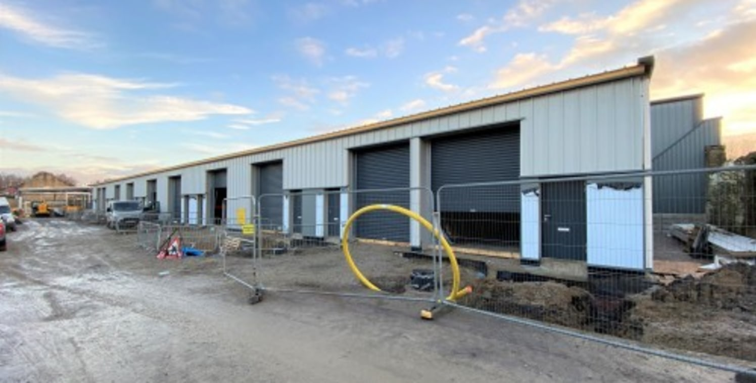 Whiteacres are pleased to offer the last three units on the final phase of Holt Court which is a development of brand new units located at junction 13 of the M65 motorway.\n\nThe new units were completed at the beginning of 2020 and are finished in i...