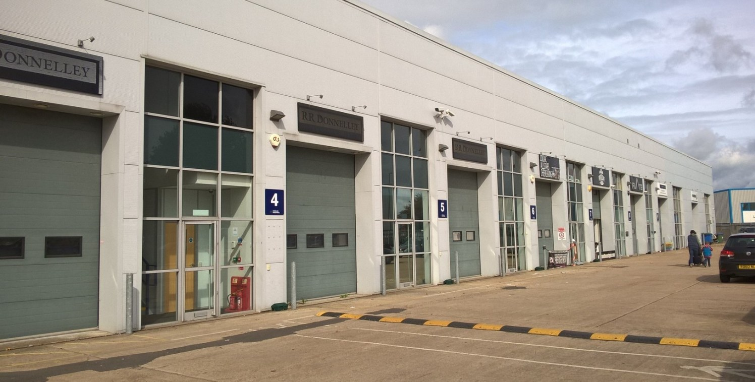 Chartwell Business Centre comprises 11 steel frame mixed use office and warehouse units, with car parking on site.   Units 4 & 5 are modern refurbished warehouse/office premises formed over two floors with both roller shutter and pedestrian door acce...