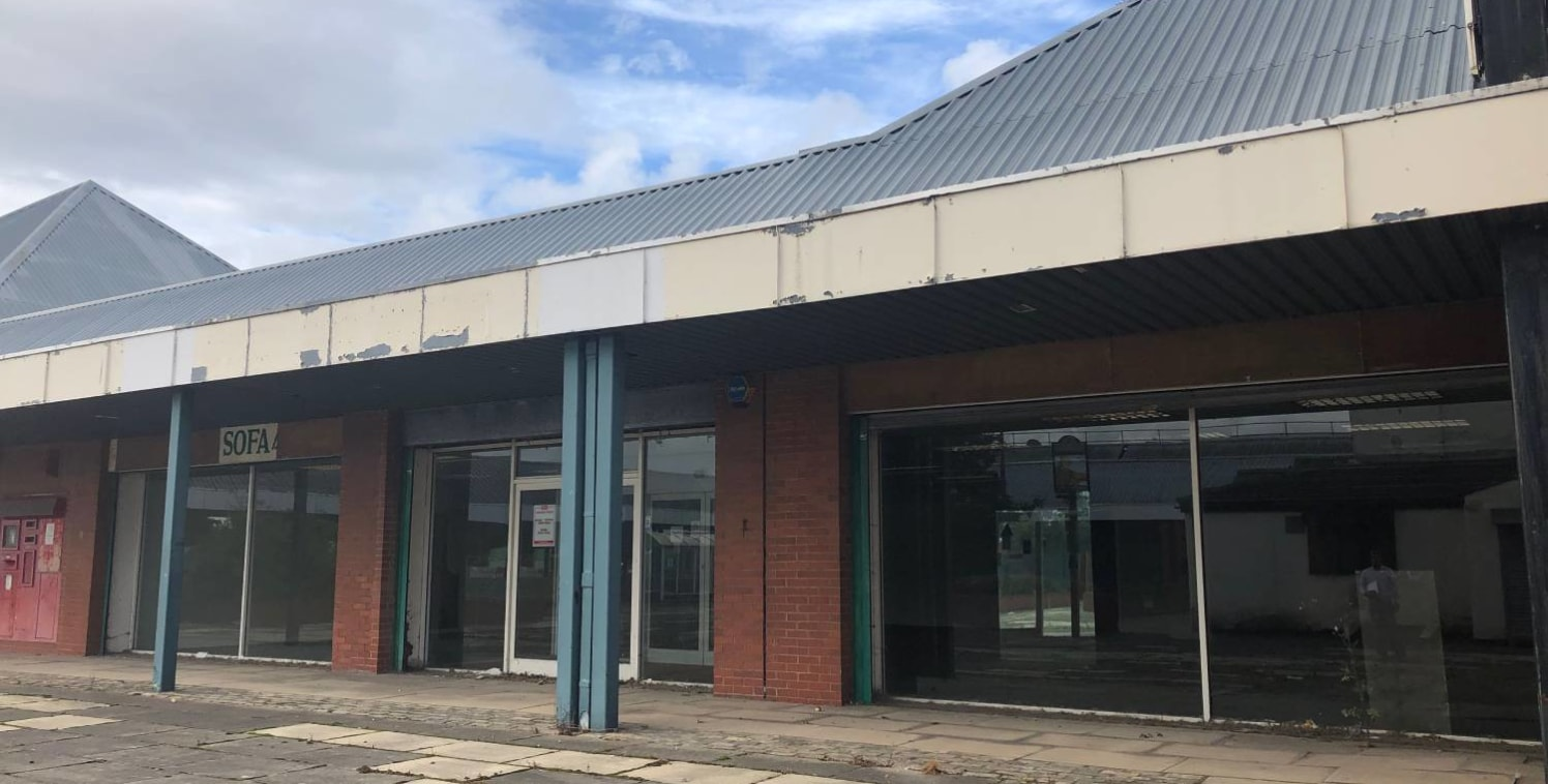 Unit To Let, 2 - 8 North Street, South Bank, Middlesbrough TS6 6AN