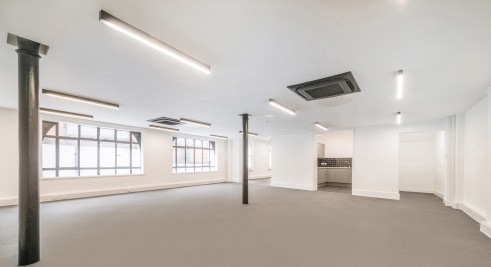 Strapline: Last floor remaining - Fantastic workspaces refurbished - 1,951 SQ.FT - Remaining - Fully refurbished - Air-conditioning - Passenger...