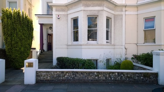 The premises comprise a semi-detached 4 storey period building with the available offices located on the ground and lower ground floors. The accommodation is of a high standard and offers a mix of open plan and cellular workspace accessed from a comm...