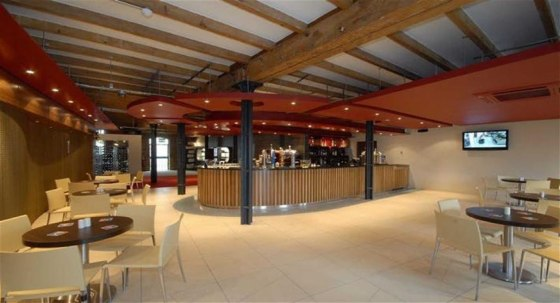 Warren Anthony Commercial are delighted to bring to the market it offered in the very strictest of confidence with the staff please note unaware of any possible sale this cutting edge Italian restaurant using we understand ingredients sourced from lo...