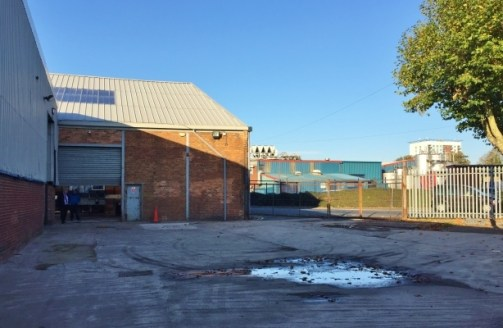 The property comprises a substantial warehouse/distribution facility, which is essentially arranged in two bays with integral brick built, single storey office and toilet block to the front.<br><br>The warehouse is of part steel truss frame (main bay...