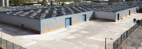Good quality fully refurbished warehouse space. Extensive hard standing/yard areas. High quality offices. All main services available including three phase electricity, gas, water and drainage. Quality lighting throughout.
