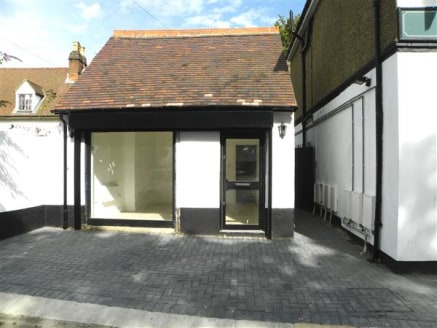 Anderson Estates are pleased to offer this Lock up to the market. Located in the heart of Iver village, available freehold. The shop benefits from approximately 185sq Feet of space....