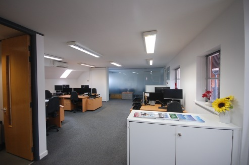 1,012 sq ft\n\nFIRST FLOOR AIR-CONDITIONED OFFICE SUITE\n\nWest Mills Yard is a development of 12 studio offices constructed around a landscaped courtyard. Unit 12 is a first floor office which originally provided open plan space but has recently bee...