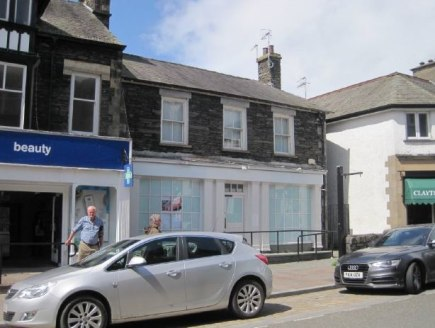 The property comprises a ground floor lock-up shop/office with ancillary wc and kitchen accommodation with the benefit of a forecourt area and accessible ramp.   The property is immediately adjacent to premises occupied by Boots the Chemist and is su...