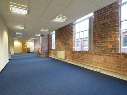 Campion House provides high quality offices in Kidderminster, situated right in the heart of the town centre. Located on Green Street, these high specification offices are 1 mile from Kidderminster railway station, offering direct links to Birmingham...