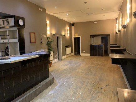 A former bar premises that would be suitable for a variety of different trades (subject to planning consent). The premises has recently been split into two separately accessed units.   This part of the property comprises a ground floor open plan seat...