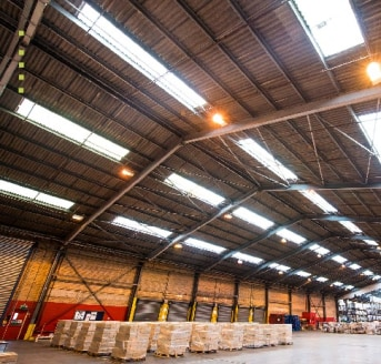 Large industrial/ warehouse premises on a 34 acre site with quayside access linked to the Manchester Ship Canal and Liverpool2 Deepwater Container Port .  Racking available  100,000 - 368,800 sq ft  Bespoke Design & Build opportunities available