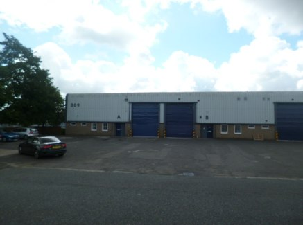 Fully Refurbished in 2019 to a high specification.  The property is a semi-detached industrial warehouse of steel portal framed construction with walls of brick /blockwork to dado level with insulated steel cladding to the eaves. The roof is of insul...