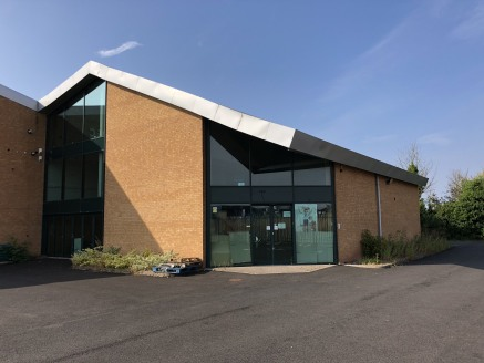 MODERN office and showroom premises in BROMSGROVE - Total Internal Area - 4,141 ft2 (384.80...