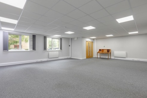 St Georges Square was constructed in 1989 and provides a number of modern and well presented purpose built office units.  Atlas 1  This particular building provides for refurbished office accommodation which is currently occupied at both ground and f...