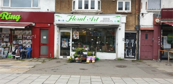 Commercial property for rent\n\nalexandra park is pleased to offer this business lease for sale lock up flower shop in Central South Harrow opposite the Piccadilly Line Underground Station. Rent £21k per annum....