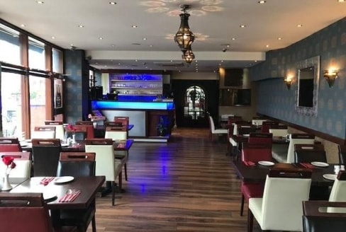 Available immediately Location: The premises are prominently located on popular parade on Uxbridge Road in the heart of Eailng Common & within walking distance Ealing Common Station description: A3 restaurant with a alcohal licence currently trading....