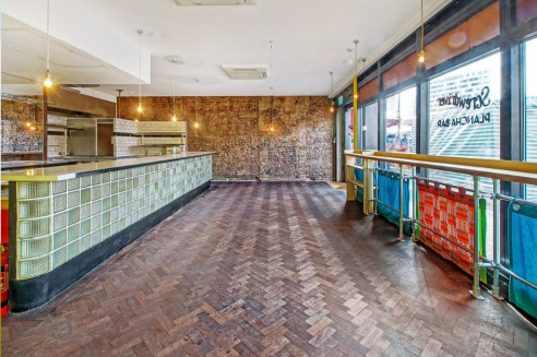 The development is an Ellis Miller designed mixed-use scheme with restaurant unit at ground and basement. The space is in finished condition, ready for ingoing tenants specific fit out.   The premises are located on the North side of Ridley Road, bet...