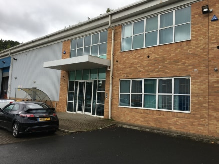 MODERN INDUSTRIAL UNIT  Location  Riverside Court is located within Walker Riverside in Newcastle upon Tyne which is a well-established industrial area, particularly for businesses in the offshore and renewables sectors. Access is via the A186 which...