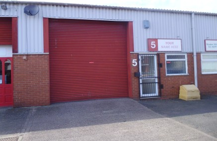 A 1,195 sq ft industrial / workshop unit located on Sandy Lane Industrial Estate in Stourport on Severn which benefits from a roller shutter door to the front elevation with a good size loading/unloading/parking area to the front.