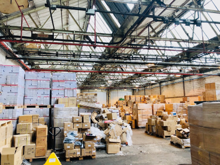 Over 8,000 Sq Ft Industrial Warehouse Premises with ample parking and 24h access on secure, managed Site. Sought after location, within easy reach of Manchester City Centre.  The unit will be available from July 2020 and will redecorated prior to the...