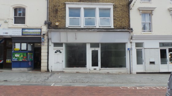 This mid-terrace building of brick construction provides lock-up ground floor retail sales area of approximately 555 sq ft. The premises have been refurbished to provide a clear open retail space with a staff room and WC facilities at the rear. The p...