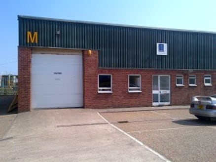 The property, which has just been refurbished, comprises an end of terrace business unit of concrete portal frame construction with brick and blockwork elevations with part profile cladding under a lined roof.  Internally the accommodation is laid ou...