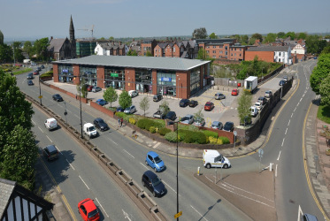 Retail unit to let from 4,000 - 10,000 sq ft.   The subject premises are located on Centurion Point, a prominent retail park fronting the inner ring road. The scheme is within walking distance to Chester city centre, and other occupiers on the park i...